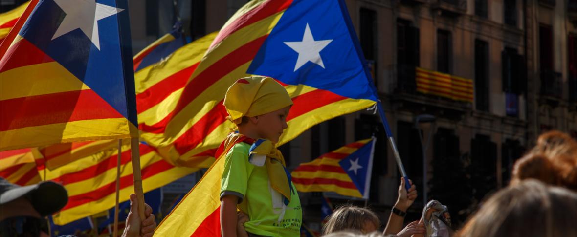 La Catalogna si dichiara indipendente