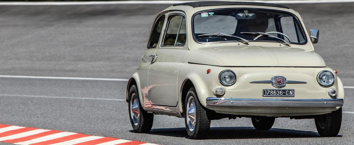 La Fiat 500 festeggia 60 anni