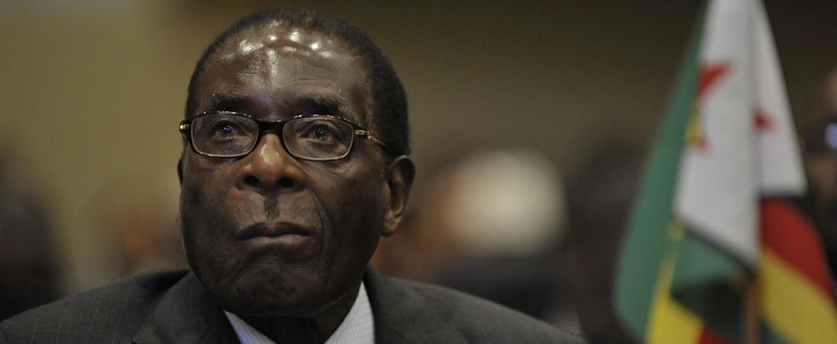 Si chiude l'era dello Zimbabwe di Mugabe
