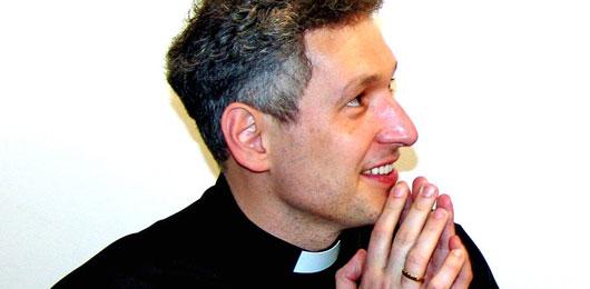 Padre Marcelo popstar di Dio