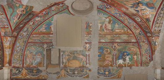 Gli affreschi escono dalla clausura