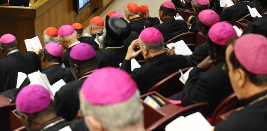 Sinodo, una conta pro e contro il papa