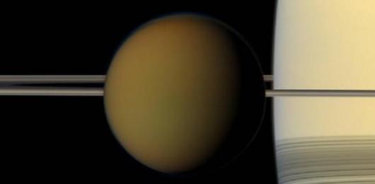C'è un oceano nascosto su Titano