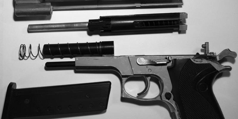 Psicopatici col porto d'armi (ma in Italia calano gli omicidi)