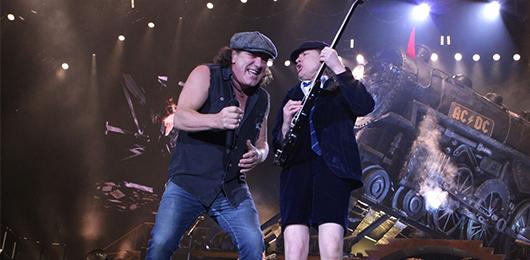 Gli AC/DC annullano il tour negli Stati Uniti