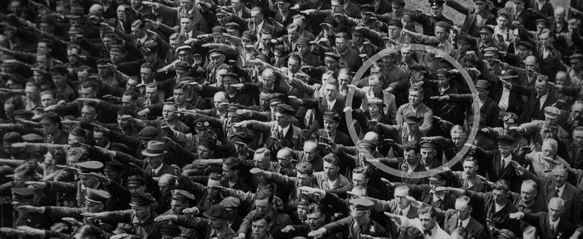 Contro il nazismo, a testa alta e braccia conserte