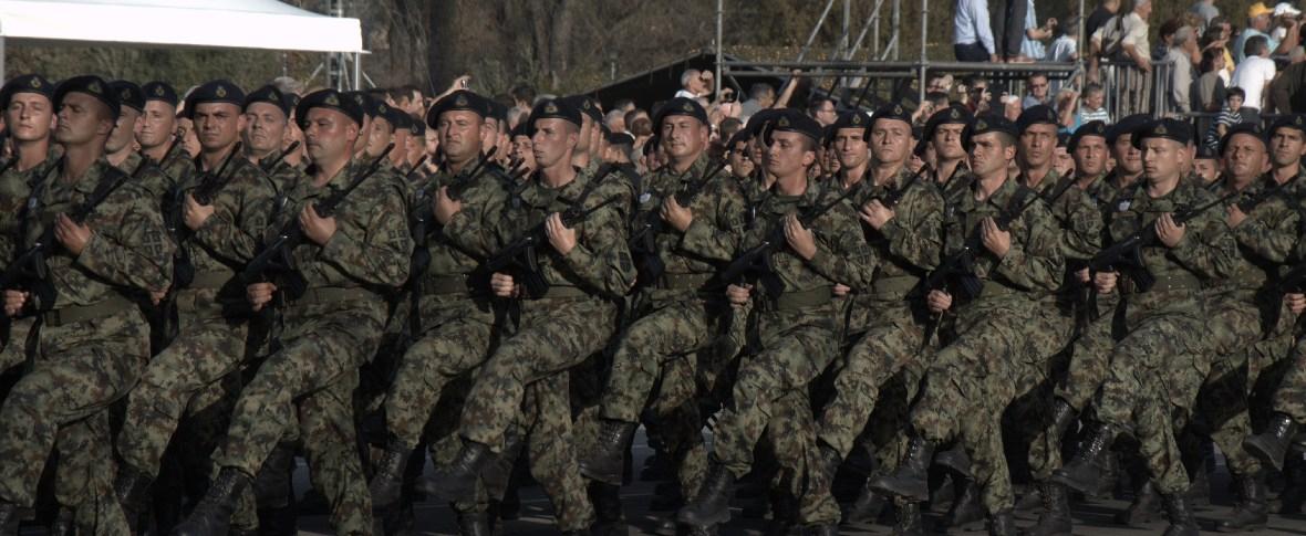 Dura reazione della Serbia all'incursione di forze speciali del Kosovo nella zona contesa
