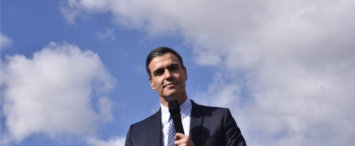 Elezioni in Spagna: conferma dei socialisti, balzo dell'ultradestra