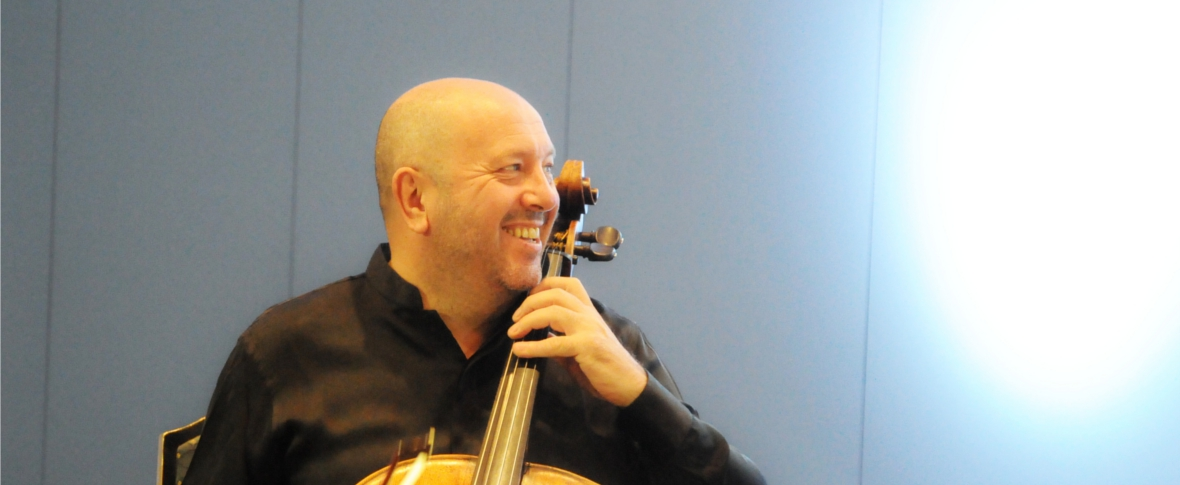 """Enrico Dindo, """"l'emozione di una partitura contemporanea"""""""