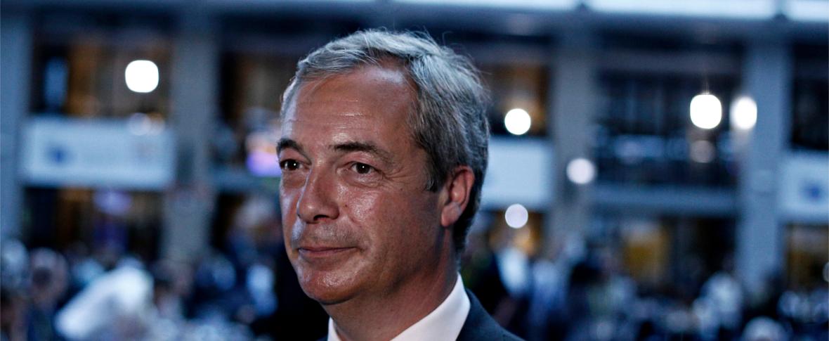 Gran Bretagna, il terremoto elettorale che premia Farage