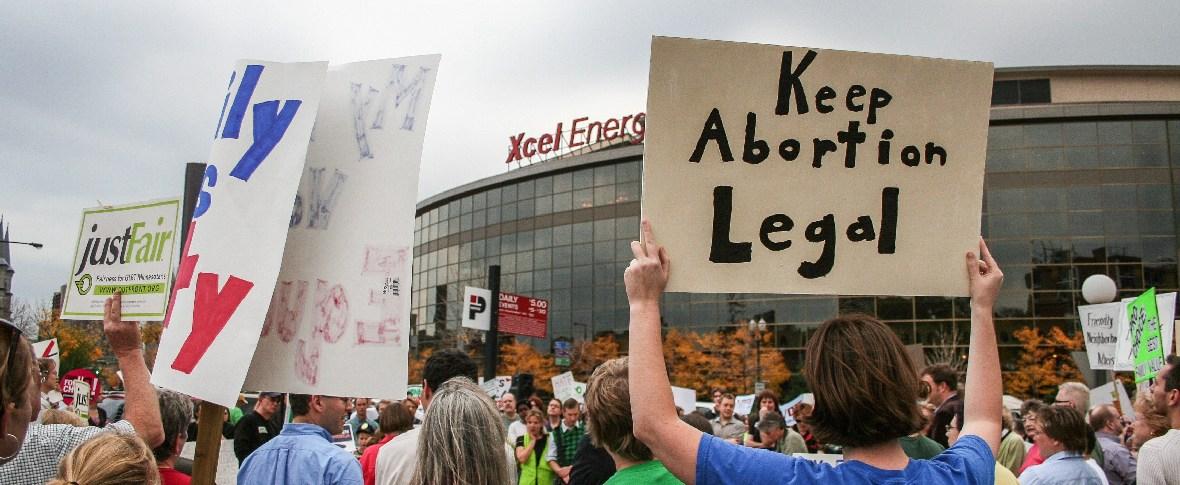L'Alabama approva una legge che vieta l'aborto