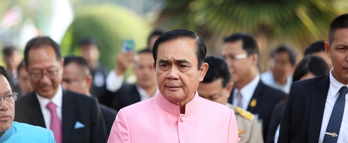 La Thailandia verso il voto, tra generali e principesse