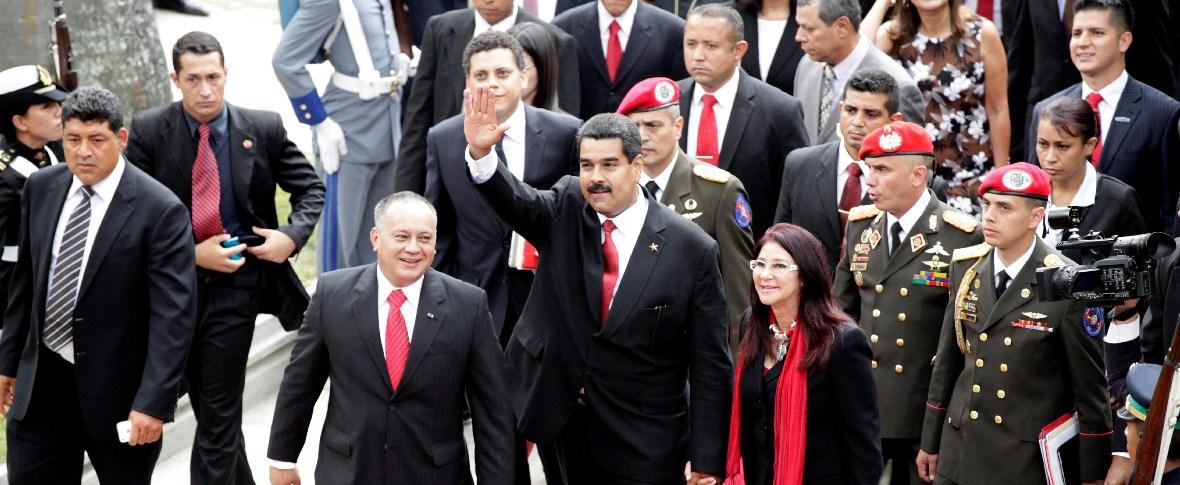 Maduro attacca Trump e accusa gli USA di favorire un colpo di Stato in Bolivia