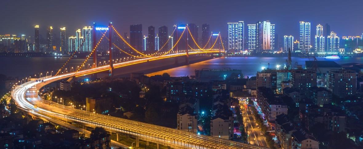 A Wuhan, nella città fantasma, cambiano i dirigenti sotto accusa