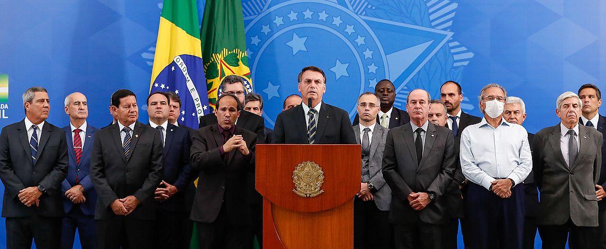 Il Brasile tra pandemia e crisi istituzionale