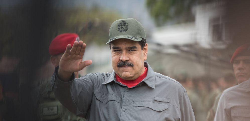 Tragedia e surrealismo nella torbida crisi venezuelana