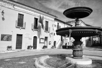CARAPELLE CALVISIO - Il municipio