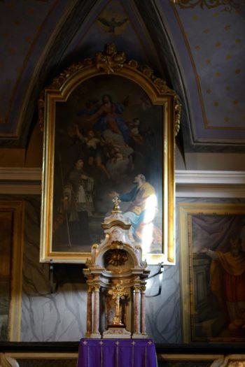 Interno della Chiesa parrocchiale della Visitazione di Maria
